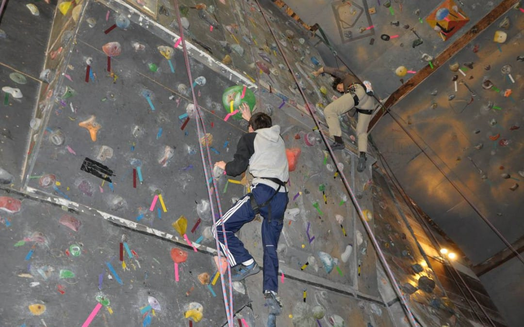 Above Limits facilitates Doctoral work of Therapists at Climbnasium.